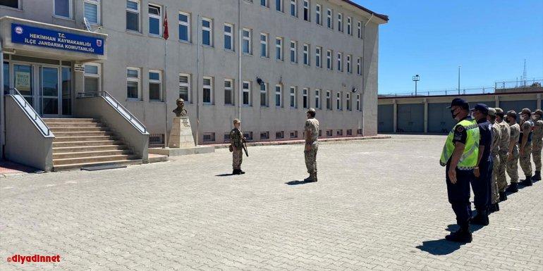 Hekimhan İlçe Jandarma Komutanlığı, otizmli genç ve ailesini ağırladı