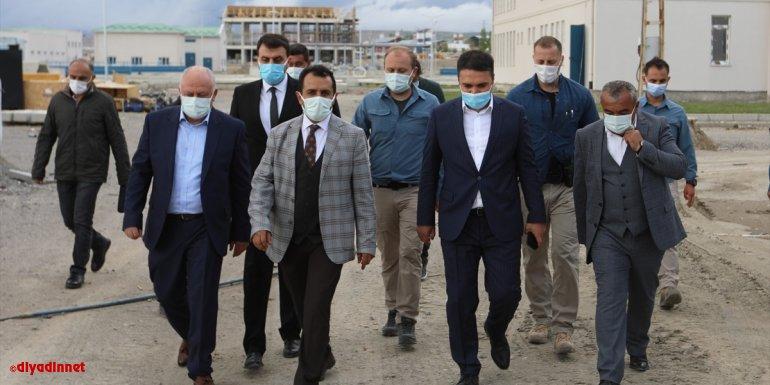 Van Büyükşehir Belediyesi Genel Sekreteri Çeliker, arıtma tesisini gezdi