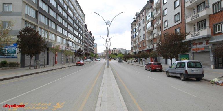 Van, Hakkari, Bitlis ve Muş'ta tam kapanmayla sessizlik hakim oldu