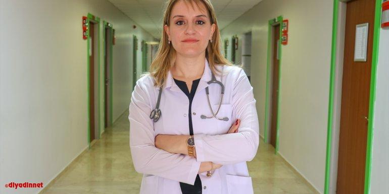 """Uzmanından """"tütün ve tütün ürünlerini kullanan hastalar Kovid-19'u daha şiddetli geçiriyor"""" uyarısı"""