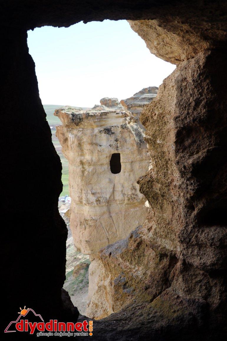 AĞRI yapılan bekliyor ziyaretçilerini oyularak - Biligan 'Yukarı Mağaraları' Kayalar 13
