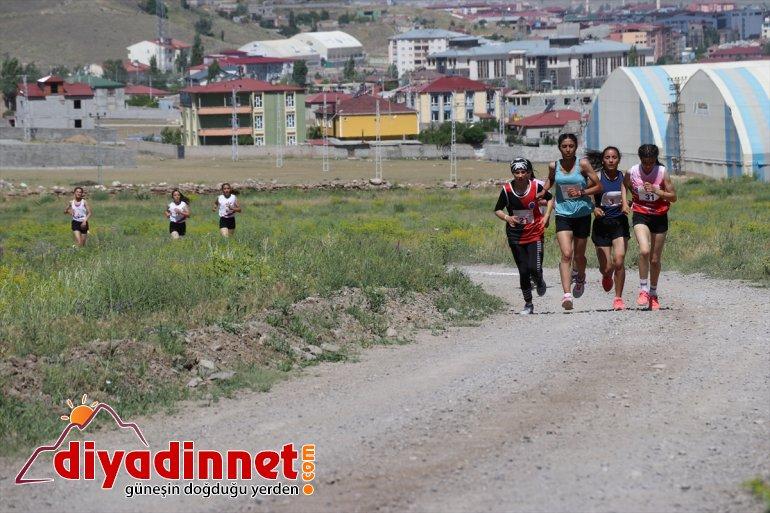 Şampiyonası Türkiye yapıldı - Koşusu Dağ AĞRI 20