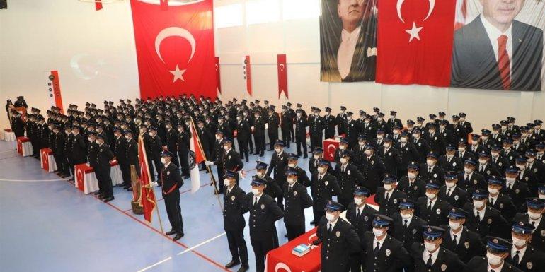 Bitlis'te polis adayları mezuniyet sevinci yaşadı