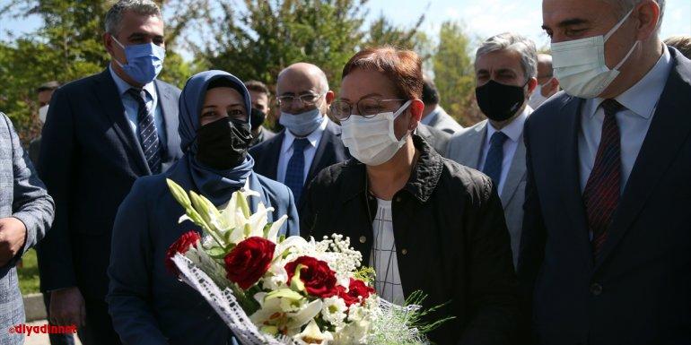 Tarım ve Orman Bakan Yardımcısı Ayşe Ayşin Işıkgece, Erzurum'da konuştu: