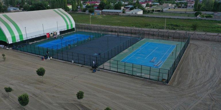 Büyükler Yaz Kupası Tenis Turnuvası, 10-17 Temmuz'da 'Kayısı Cup' adıyla Iğdır'da düzenlenecek