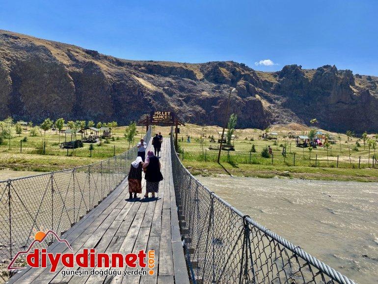 Dik yamaçlarıyla doğunun Ihlara Vadisi: Murat Kanyonu2