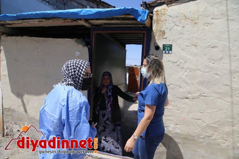 çat sağlık Erzurum'da ekiplerinin kapı mesaisi aşı evlerde 7