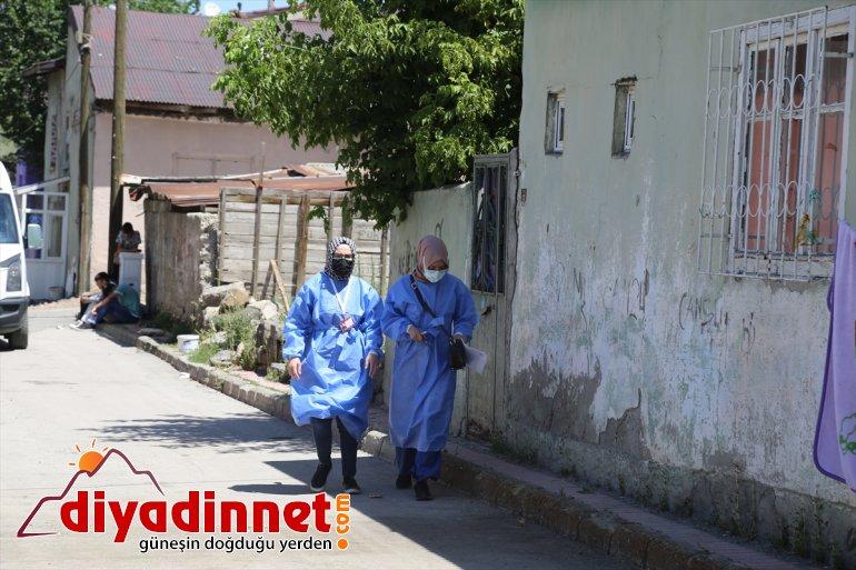 çat kapı Erzurum'da ekiplerinin evlerde sağlık aşı mesaisi 10