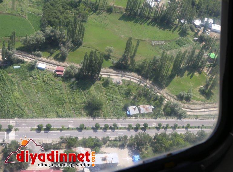 denetledi Erzurum-Artvin trafiğini helikopterle kara yolundaki Jandarma bayram 6