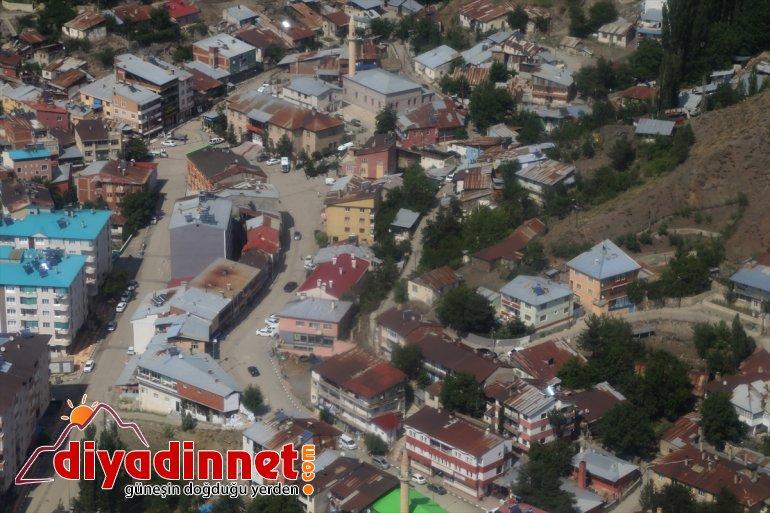 yolundaki trafiğini bayram kara Erzurum-Artvin helikopterle Jandarma denetledi 8