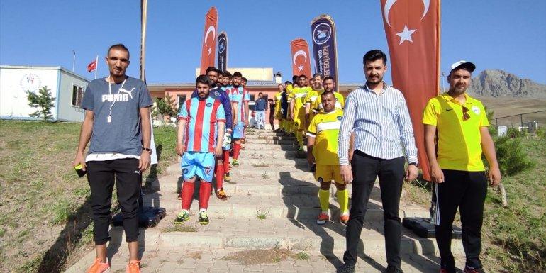 Van'da köyler arası futbol turnuvası başladı