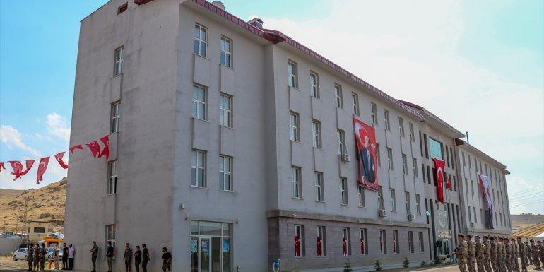 Van'da Polis Özel Harekat Şube Müdürlüğünün yeni hizmet binası açıldı