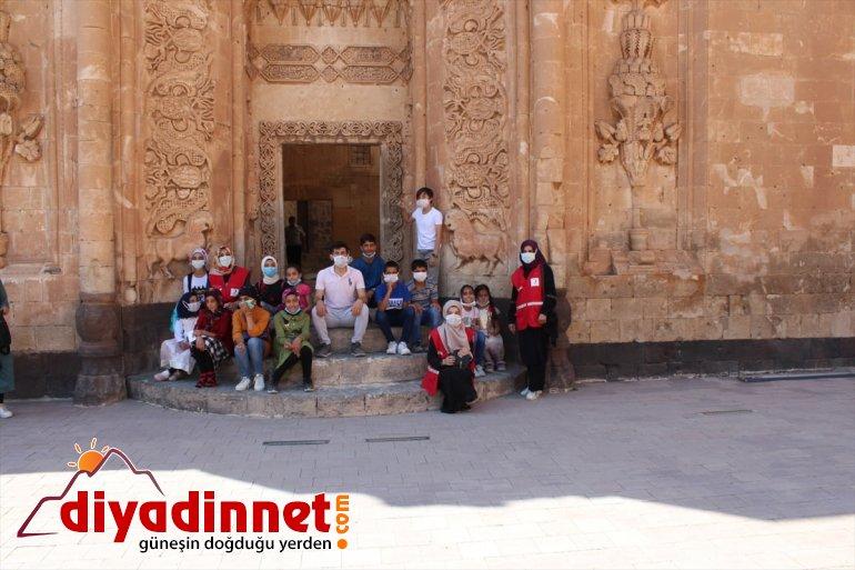 çocuklar Paşa Sarayı'nı İshak Ağrı'da gezdi tarihi 6