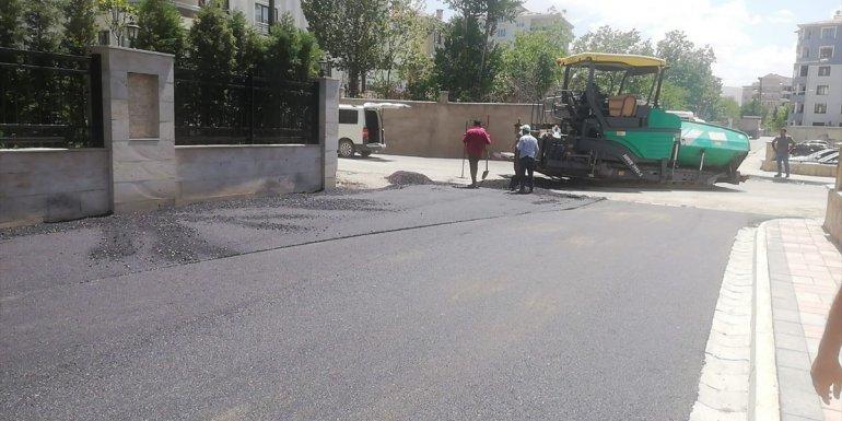 İpekyolu Belediyesi asfalt çalışmalarını sürdürüyor