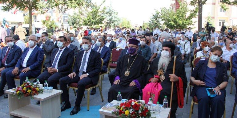 Taşhoran Kültür ve Sanat Merkezi düzenlenen törenle açıldı