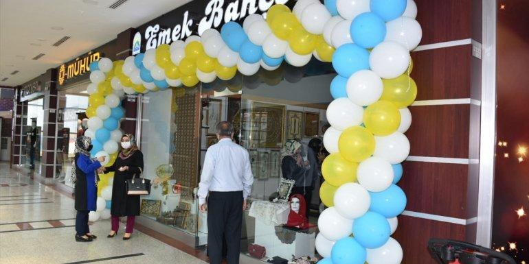 Tatvan'da kursiyerler için satış mağazası açıldı