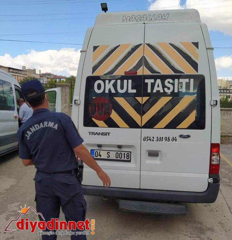 denetledi ekipleri jandarma öğrenci Ağrı'da araçlarını servis 3