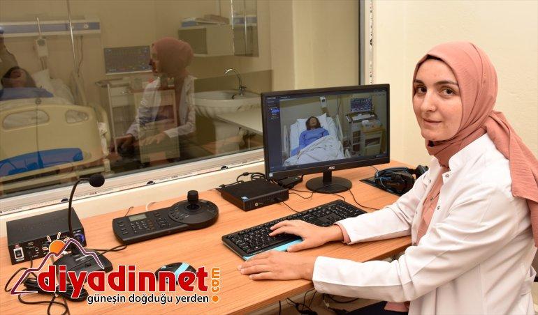 Geleceğin simülasyon eğitimiyle sağlıkçıları, - AĞRI daha başlayacak deneyimli mesleklerine 7