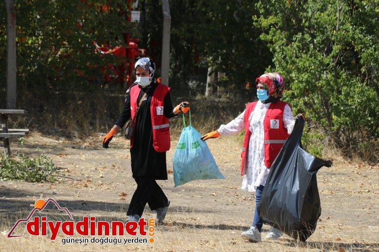 çevre temizliği Gönüllüler - AĞRI yaptı 4