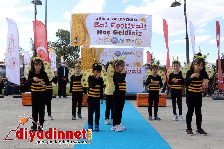 Festivali Bal 4. geven üretilen Ağrı desteğiyle başladı tanıtıldığı yüksek balının Devlet rakımda 10