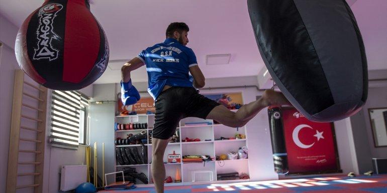 Milli kick boksçu Vedat Ağyürek'in hedefi dünya kupası şampiyonluğu: