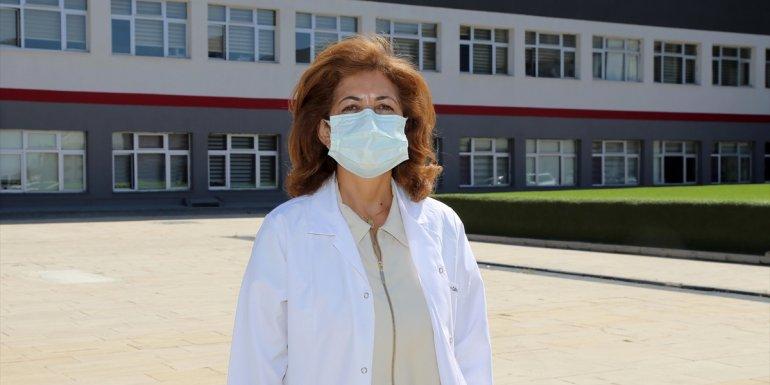 Prof. Dr. Özkurt'tan 'Kurallara uymamak Kovid-19 vaka ve vefat sayılarını artırıyor' açıklaması: