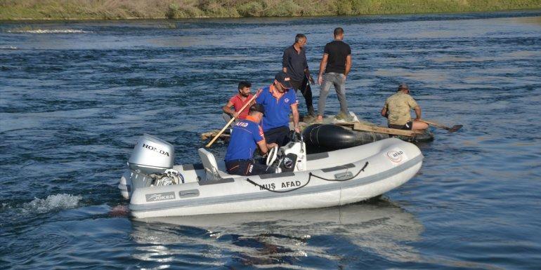 Muş'ta Murat Nehri'ne giren genç boğuldu
