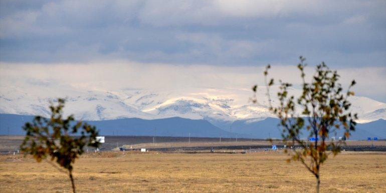 Doğu'da gece en düşük sıcaklık sıfırın altında 1 dereceyle Erzurum'da ölçüldü1
