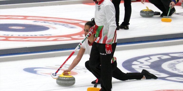 Curlingde 2022 Kış Olimpiyat Oyunları ön eleme müsabakaları Erzurum'da başladı