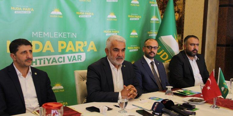 HÜDA PAR Genel Başkanı Yapıcıoğlu Malatya'da gazetecilerle bir araya geldi: