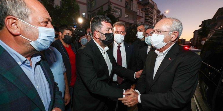 CHP Genel Başkanı Kılıçdaroğlu, Ağbaba'ya taziye ziyaretinde bulundu