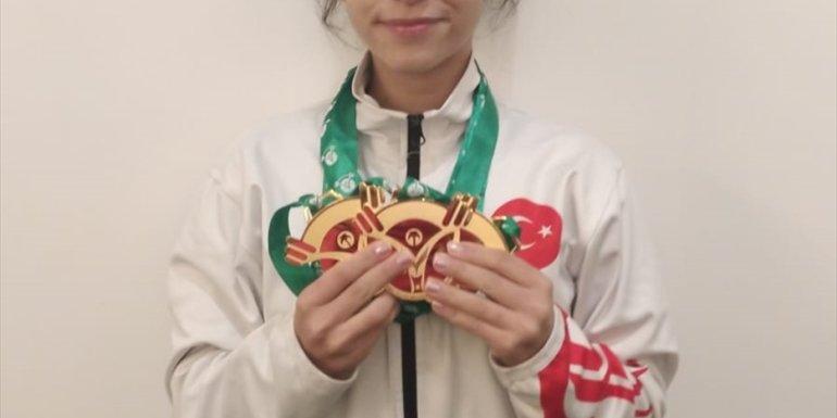 Milli halterci Ezgi Kılıç, yıldızlarda dünya şampiyonu oldu1
