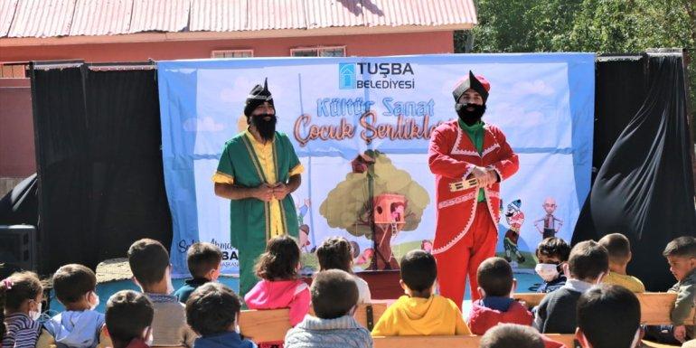 Tuşba Belediyesi'nden çocuklar için tiyatro etkinliği