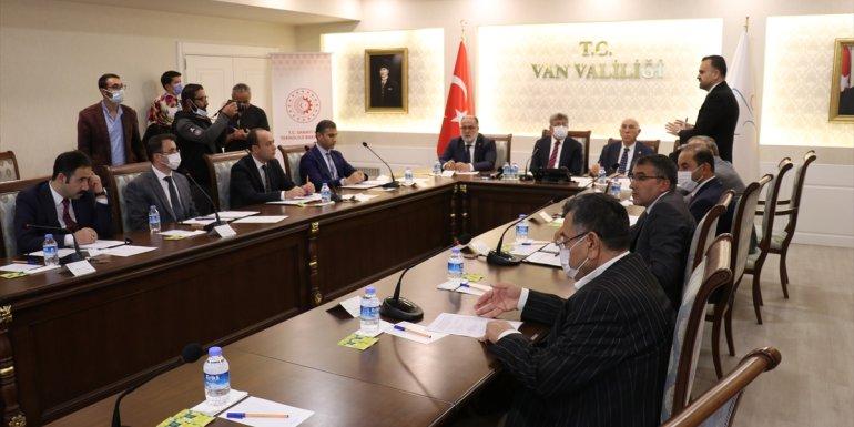 Van'da hayata geçirilecek 8 projenin sözleşmesi imzalandı1