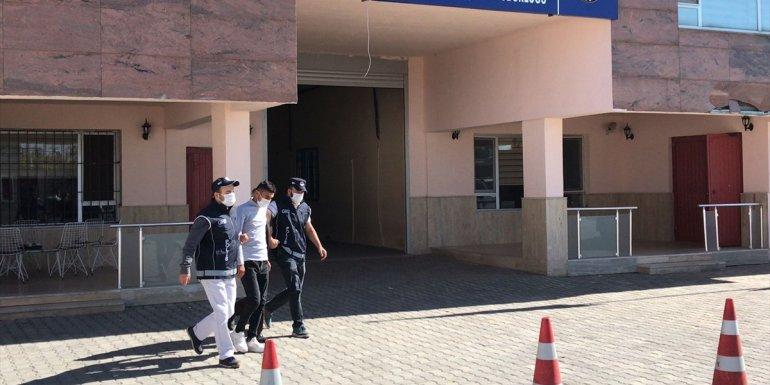 Van'da göçmen kaçakçılığı gerekçesiyle 24 kişi hakkında işlem yapıldı